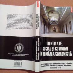Identitate, Social Si Cotidian In Romania Comunista - Luciana M. Jinga - Carte Istorie, Polirom