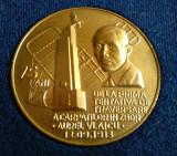 AUREL VLAICU PRIMA TENTATIVA DE TRAVERSARE A CARPATILOR IN ZBOR Medalie la Cutie