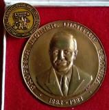 TELECOMUNICATII - Tehnic - Ing. DIMITRIE LEONIDA - Medalie si Insigna, la cutie