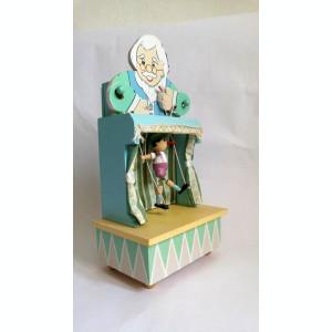 Cutie muzicala  vintage, cu Pinocchio care danseaza pe scena manevrat de Gepetto