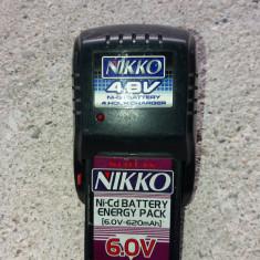 Incarcator acumulatori NIKKO 4, 8 volti - Incarcator Camera Video