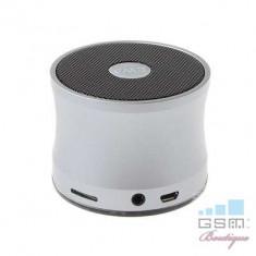 Boxa Portabila Metalica Cu Conexiune Wireless Argintie - Handsfree GSM Apple