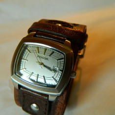Ceas de dama Fossil bratara piele lata, cu data - Ceas dama Fossil, Casual, Quartz, Otel