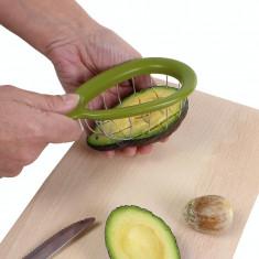 Ustensila pentru taiat avocado in cuburi
