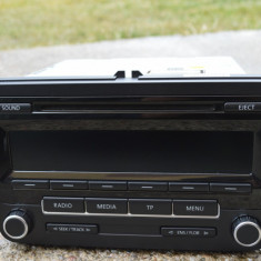 Cd Player cu MP 3 pt VW Caravelle Passat Touran - Amplificator audio Technics