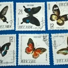 Vietnam, 1975, fluturi, serie stampilata - Timbre straine