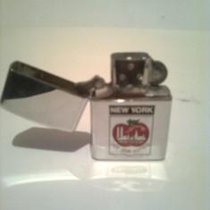 BRICHETA ZIPPO ORIGINAL ~ MADE IN U.S.A. ~ CU FITIL SI PIATRA, Tip: Moderna (1970 -acum)