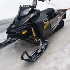 Snowmobil Ski Doo Summit 800R