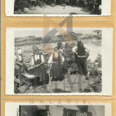 Lot 3 FOTOGRAFII-CARTI POSTALE cu PORTUL NATIONAL AL MACEDOROMANILOR, FARSEROTI, BAZARGIC - Fotografie