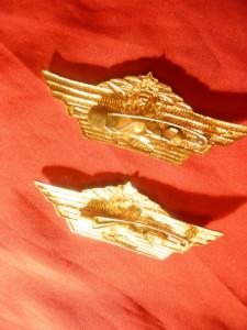2 Insigne Tanchist URSS cl.2 si 3 , metal si email , L= 6,7 cm