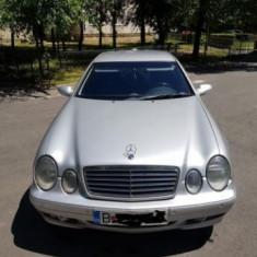 Mercedes-Benz CLK, An Fabricatie: 2000, Benzina, 237000 km, 1998 cmc, Clasa CLK
