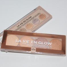 Paleta pudre iluminatoare Highlighting Powder palette Loreal La Vie En Glow - Pudra L'Oreal, Compacta