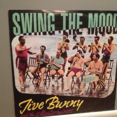 JIVE BUNNY and the MASTERMIXERS - SWING THE MOOD (1962/BCM/RFG) - VINIL Single/ - Muzica Pop decca classics