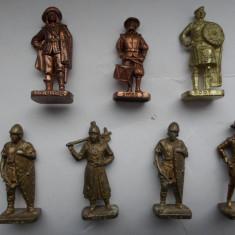 Lot 7 soldati Kinder/ miniaturi de colectie - Miniatura Figurina