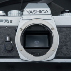 Aparat foto film Yashica FR II - Aparate Foto cu Film
