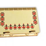 Cutie din lemn cu motive traditionale pentru cadouri şi bijuterii