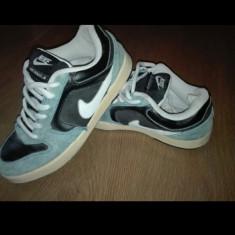 Nike renzo jr - Adidasi barbati Nike, Marime: 38.5, Culoare: Albastru