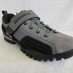 Pantofi ciclism MTB Shimano MT 40, marime 43 (28 cm) - Pantofi barbat, Culoare: Gri