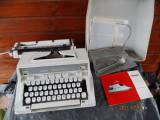 Masina de scris vintage deosebita+manuale si instrumente de intretinere