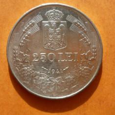 250 LEI 1941 ARGINT - Moneda Romania