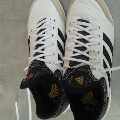 Ghete fotbal teren sintetic adidas copa tango 18.1, Marime: 40 2/3, Culoare: Alb