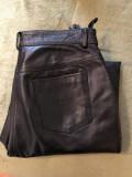 Pantaloni din piele,moale,pentru bikeri,motociclisti,marime 44