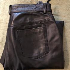 Pantaloni din piele, moale, pentru bikeri, motociclisti, marime 44 - Imbracaminte moto