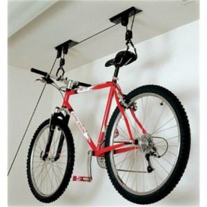 Suport bicicleta pentru prindere de tavan