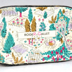 Cutie vintage cu reclama Roger Gallet - Paris  - sapun - anii '60 - '70