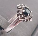Inel din argint cu safir. Masura 20