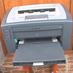 IMPRIMANTĂ LEXMARK E120 ALB - NEGRU DEFECTĂ CU CARTUȘ CIP ȘI CILINDRU DE REZERVĂ - Imprimanta laser alb negru Lexmark, DPI: 300, A4, 15-19 ppm