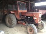Tractor U650 cu remorca