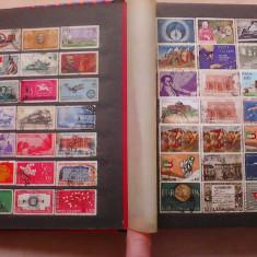 Clasor cu timbre, majoritatea Italia - 12 file negre - album clasor