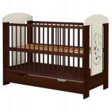 Patut copii din lemn Hubners Carolin Ursulet 120x60 cm venghe cu sertar - Patut lemn pentru bebelusi
