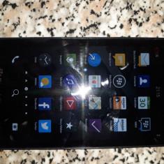 Vând Blackberry Z10, stare perfectă, cu acumulator original rezervă. - Telefon mobil Blackberry Z10, Negru, Neblocat