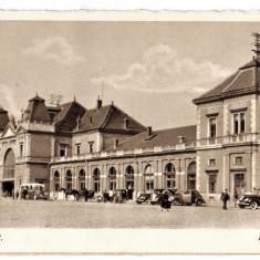 Cluj Kolozsvar gara, ilustrata animata, masini de epoca, birje 1940 - Carte Postala Transilvania dupa 1918, Necirculata, Printata, Cluj Napoca