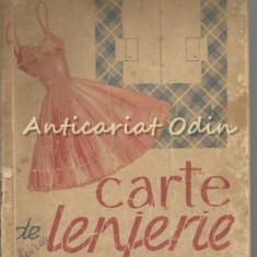 Carte De Lenjerie - Ecaterina Tomida - Carte design vestimentar