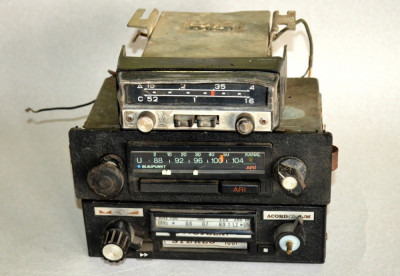 Lot 3 radiouri vechi - neprobate, Stela / Blaupunkt / 1969 Car Radio A-370M-3 foto