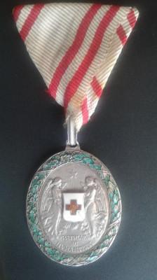 Austro Ungaria decoratie Crucea Rosie Argint foto