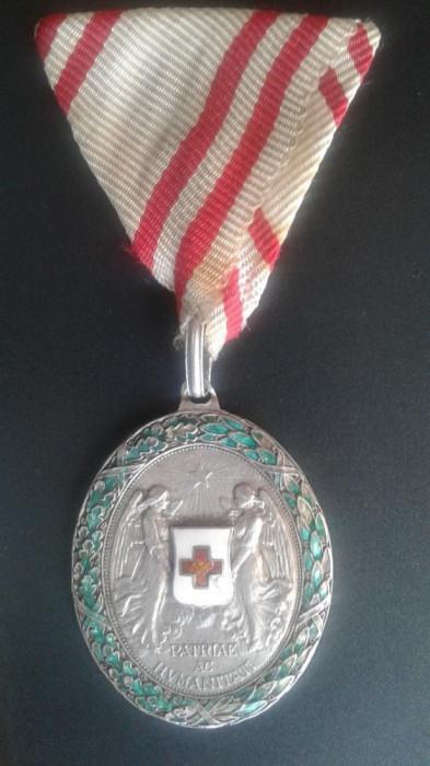 Austro Ungaria decoratie Crucea Rosie Argint foto mare