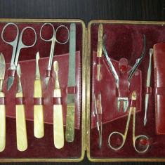 Trusa manichiura-pedichiura veche