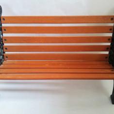 Banca bancuta lemn + fier forjat, decor, deosebita, mobilier papusi, 40x26x17 cm