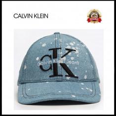 Sapca Calvin Klein Denim- Originala - Reglabila - 100% Bumbac - Detalii in anunt - Sapca Barbati Calvin Klein, Marime: Marime universala, Culoare: Din imagine