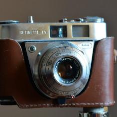 Camera foto Kodak Retinette 1A 1959 + trepied pentru decoruri vintage - Aparate Foto cu Film