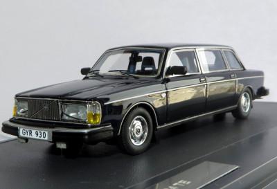 MATRIX Volvo 264 TE state limousine ( dark blue ) 1981 1:43 foto