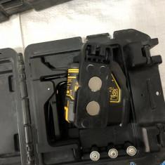Nivela interior Dewalt - Nivela laser cu puncte