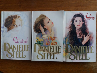 Iubire + Clipe de aur + Disparut - Danielle Steel  /  R4P2F foto