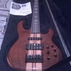 Chitara bass Carvin LB 75 Made in USA Custom.