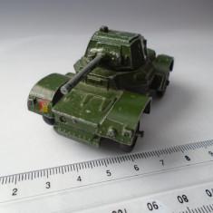 bnk jc Dinky 670 Armoured Car