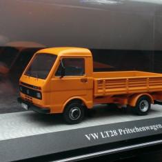 Macheta Volkswagen VW LT28 Platforma (Facelift) - Premium Classixxs 1/43
